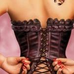 photo petit tattoo feminin scorpion omoplate