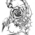 photo tattoo feminin scorpion et rose