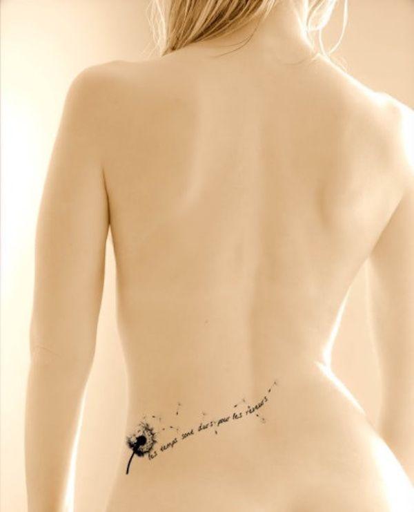 tatouage pissenlit taille et bas des reins avec phrase tres feminin