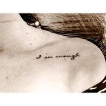 Photo tattoo discret epaule phrase