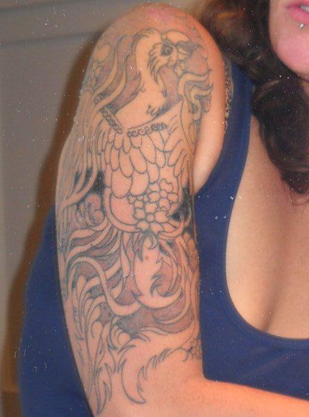 photo tattoo feminin bras et epaule style asiatique tatouage femme. Black Bedroom Furniture Sets. Home Design Ideas
