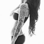tatouage femme manchette plein de tattoos rajoutés