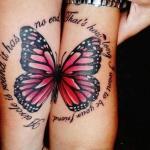 modele tatouage phrase en deux morceaux amitié