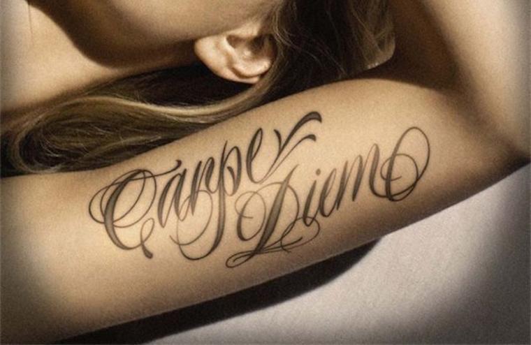 top 50 des modèles de tatouage ecriture pour femme