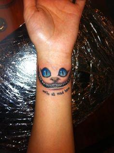 tatouage poignet chat du cheshire