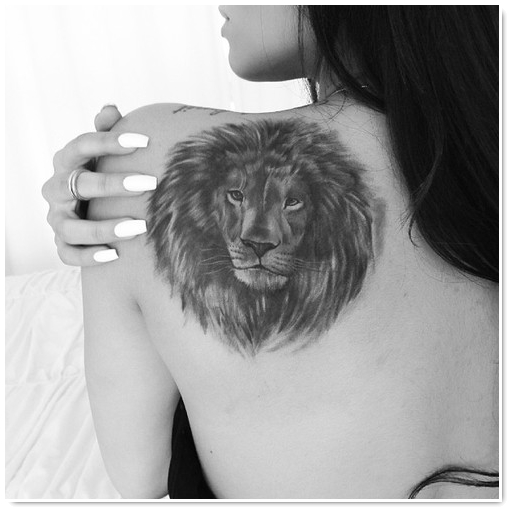 Exemple Tatouage Tete De Lion Femme Omoplate Tatouage Femme