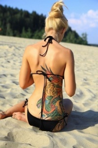Trouvez des idées pour votre tatouage femme phoenix