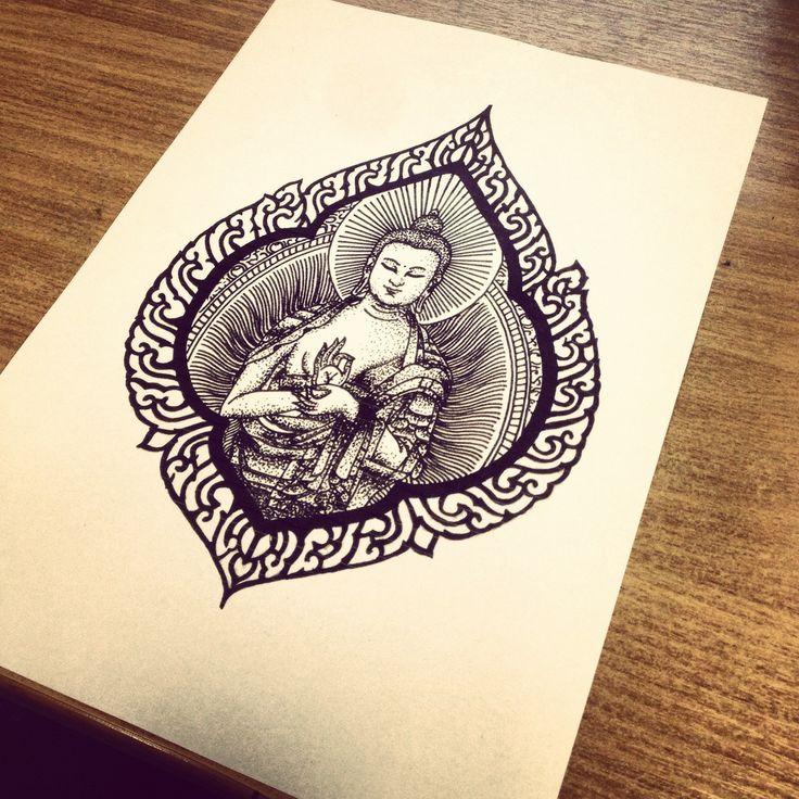 idee tatouage bouddhiste femme dans cadre original