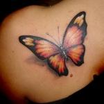tattoo papillon 3d omoplate