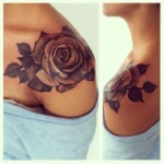 photo tattoo feminin belle rose sur epaule
