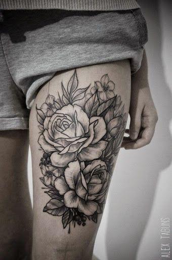 tatouage femme roses sur cuisse