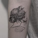 Photo tattoo portrait chat femme
