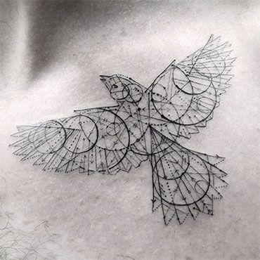 Beau Tatouage Geometrique Oiseau Ailes Deployees Tatouage Femme
