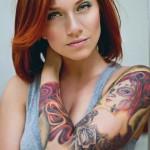 tattoo bras manchette bras femme calavera et papillons couleurs